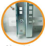 """regulowane szyny w szafie 19"""" IP"""